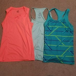 3 Pack Work out Tops Tank Racerback S, XS
